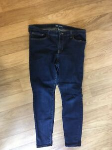 Women's Gap dark denim leggings size 16