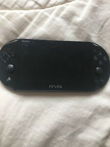 (Amazing condition) PlayStation Vita with game and SD card!