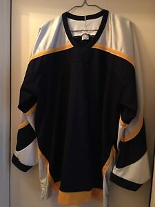 Men's Hockey Sport Jersey. New. L