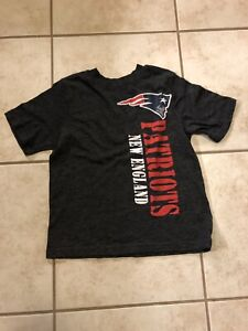 Youth New England Patriots T-shirt