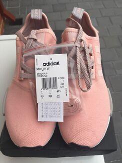 ADIDAS NMD R1 W Vapour Pink Light Onix US8.5!!