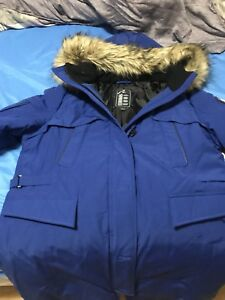 Women's Winter Coat LG