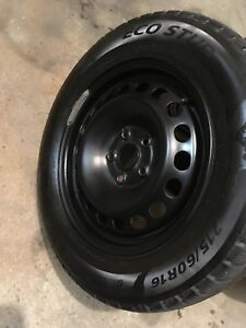 4 winter tires with rims 215/60/16 (5x114.3)