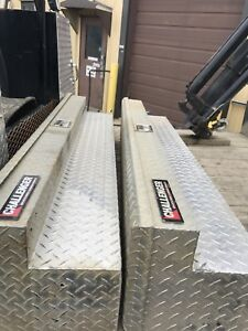 Challenger side tool boxes