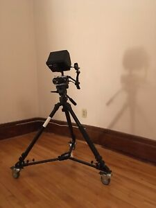 Professional Video Tripod and Dolly - Davis & Stanford