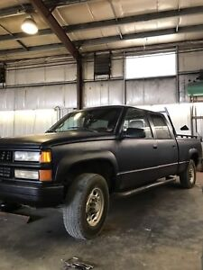 1999 Chevy k2500 four door