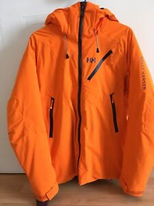 Manteau de snow Helly Hansen 180$