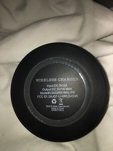 Wireless Charging pad for newer iPhone/Samsung's-NEW*read*