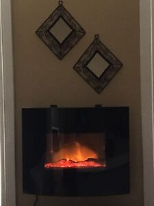 Wall electric fire place with remote