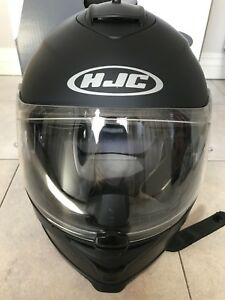 HJC IS-17 Matte Black Motorcycle Helmet. Large, New in box.