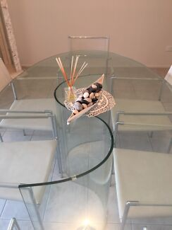 Glass table Maryland Newcastle Area Preview