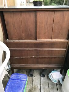 Antique china cabinet FREE!!!