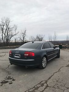 Audi A82004 boss of the road drive