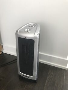Lasko small Oscillating Ceramic Tower Space Heater