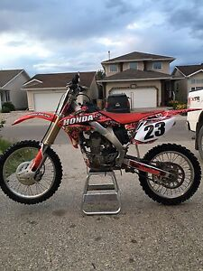 REDUCED - MINT 2006 CRF250R