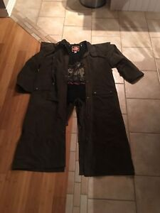 Trench-coat australian outback