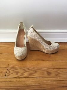 Shoes size 39 (7.5) brand new