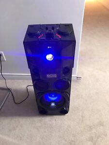 1000 watts LG Party Speaker