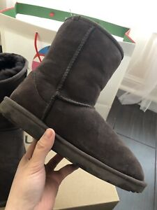 Classic Short Brown Ugg Boots Women's Size 6 $90!