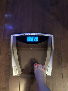 Weight Watchers digital glass scale $30.00
