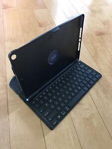 Targus Versa 360 Bluetooth keyboard for iPad