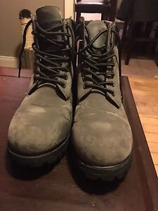 Us polo assoc boots size 11