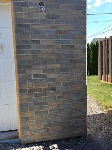 Brique brun 250 et plus 4.5 brique pc