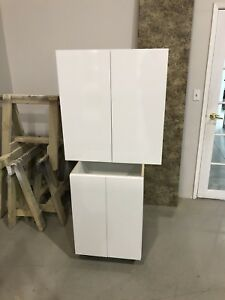 High gloss white Washroom Vanity and upper cabinet