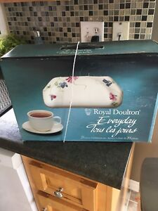 Royal Doulton Everyday 20 Piece Service Set
