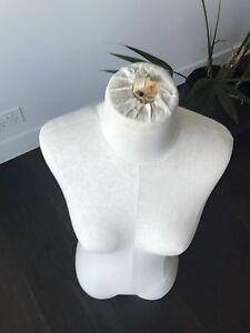 Mannequin torso Southbank Melbourne City Preview