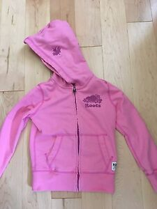Roots size s (5-6) girls hoodie