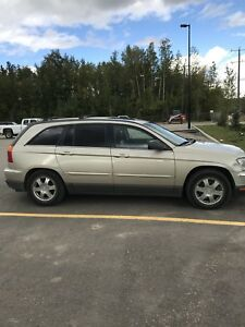 2006 Chrysler Pacifica SUV / AWD 6 seater!! leather !!