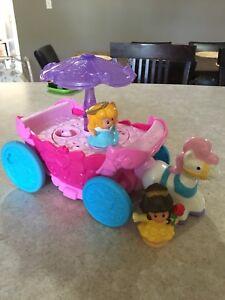 Little people Disney princess carriage