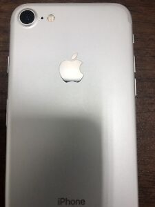 FOR SALE!!! Iphone 7 32gb Silver