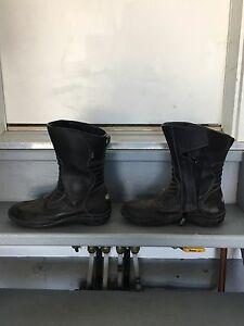 Tour master motorcycle boots