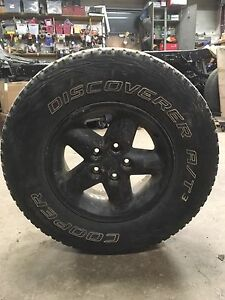 Cooper tires on jeep that rims.