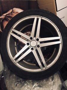 20 inch Rims with Tires ! Great condition 550$