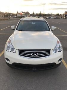 2013 Infiniti EX37 Journey AWD with Premium package