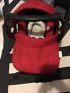 Steelcraft baby car seat capsule britax attaches to pram High Wycombe Kalamunda Area Preview