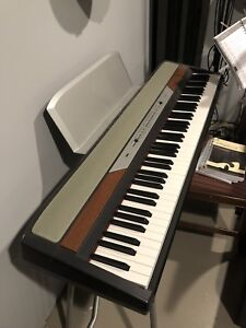 KORG Sp250 Digital Piano
