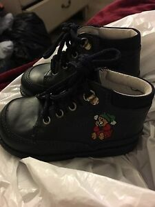 New boys Leather boots size 3-4