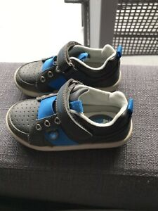 Hush Puppies Boy Toddler Shoes Size 8