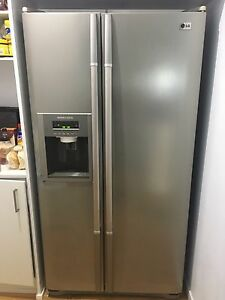 Fridge double door567L, water and ice dispensing Burleigh Heads Gold Coast South Preview