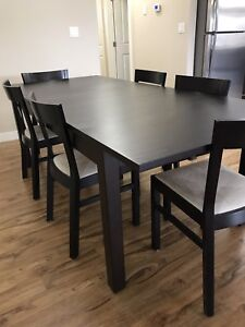 8-piece Kitchen Table and Chairs
