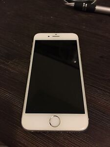 iPhone 6, 16GB, white, locked to Rogers.