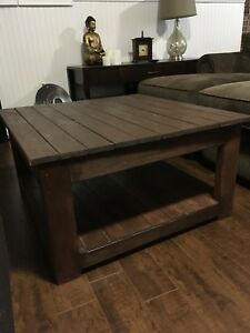 Coffee Table with 2 Matching End Tables