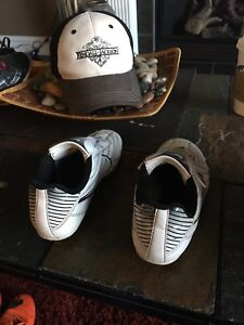 Outdoor soccer shoes Nike size 2