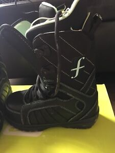 Women's Snowboard Boots Size 6