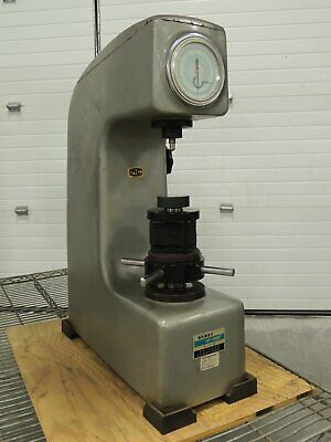 Rockwell Type Hardness Tester Import W Accessories Model Hr-150e Good Used