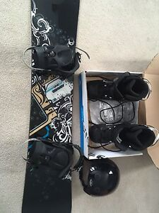 Convoy snowboard and equipment